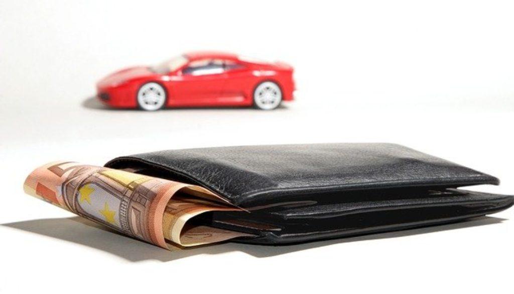 auto-financing-2157347_640