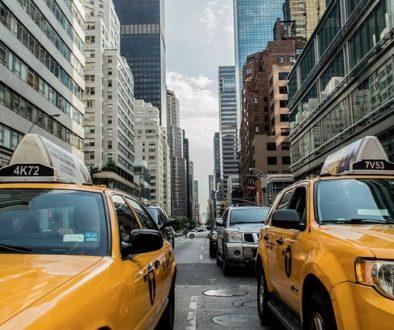 taxi-381233_640